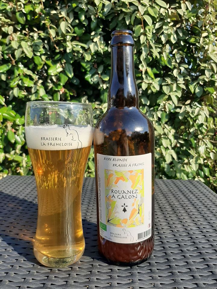 la freheloise biere et verre